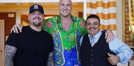 Former Heavyweight Champion reacts to meeting Current Champ