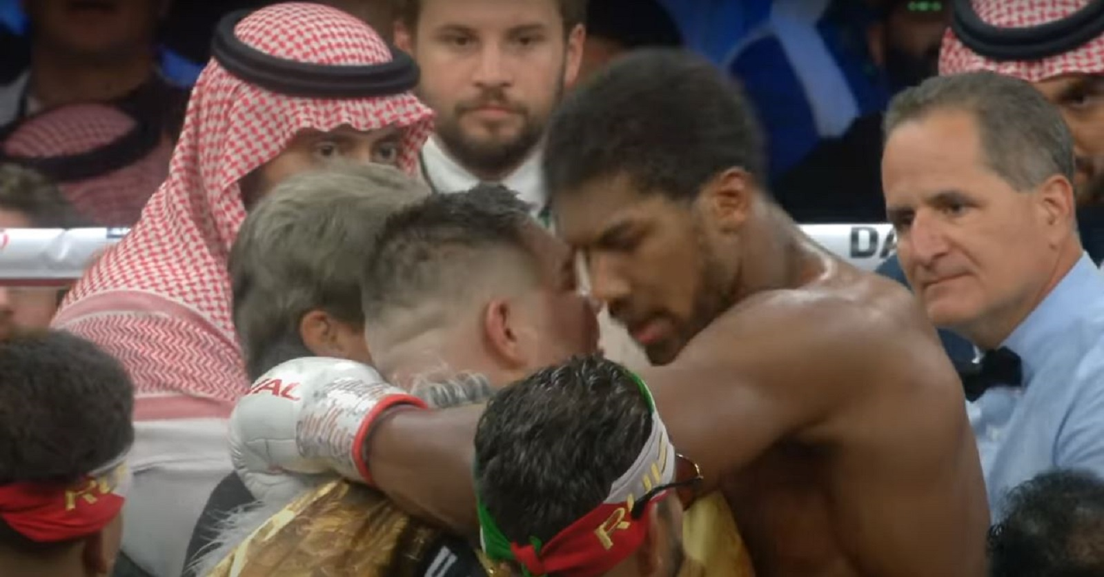 Boxing Trainer Spot On About Brutal Conflict Between Israel and Palestine