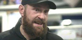 Tyson Fury Heckles Canelo Alvarez To His Face