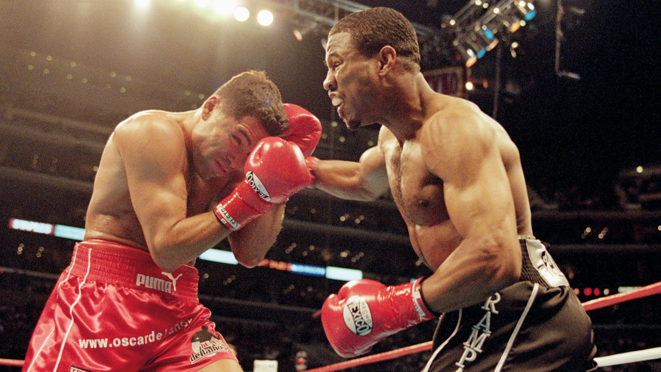 Photo of On This Day: Shane Mosley and Oscar De La Hoya wage a war of the ages – Boxing News
