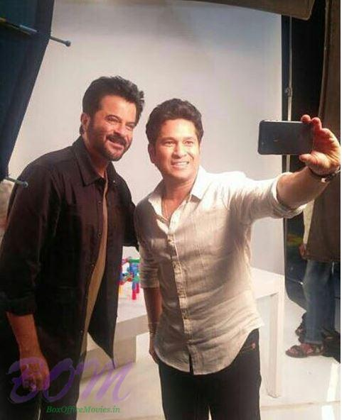 Sachin Tendulkar taking a selfie with Anil Kapoor
