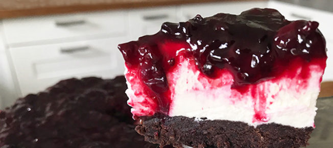Blackcurrant brownie cheesecake