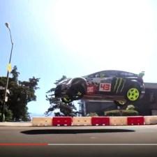 街中でラリー車が大暴れ。ケン・ブロックの「GYMKHANA」シリーズ