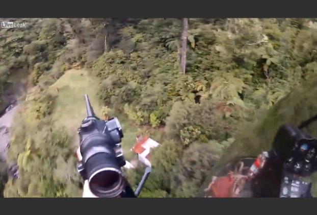 ヘリによるシカ狩り