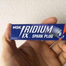 クロスカブのプラグをノーマル→イリジウムに交換してみた。