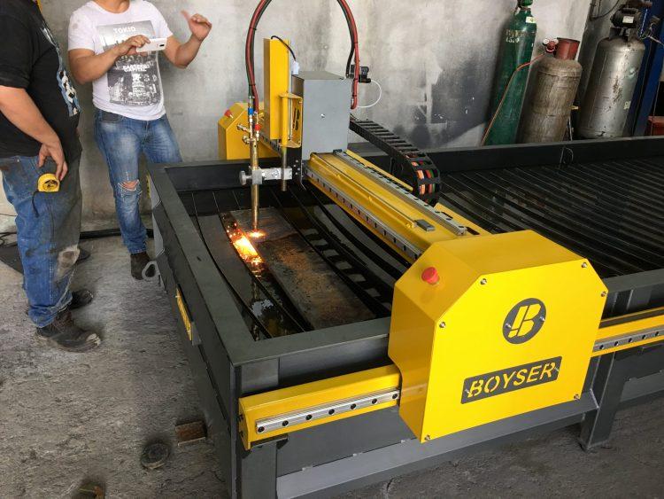 MECANIZADOS CHAVEZ HERMANOS Fecha: 10 marzo, 2018 Guadalupe, Nuevo León, México. Este cliente cuenta con un pantógrafo MARK7 (modelo descontinuado) con área de corte de 4×10 pies. Está equipado un sistema de oxicorte BOYSER con control altura manual.