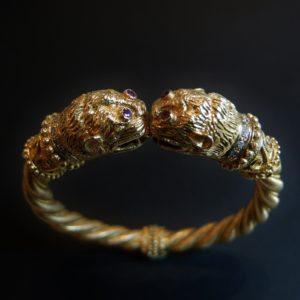 """Bracelet """"Têtes de Lions"""" signé LALAOUNIS"""