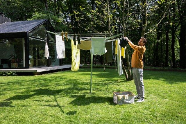 secar y desinfectar la ropa al sol