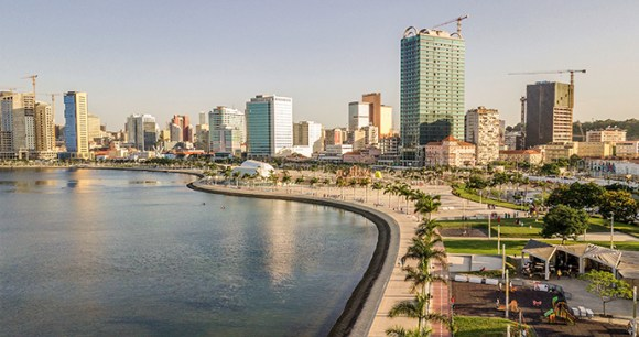The Marginal Angola by Mrgomez, Shutterstock
