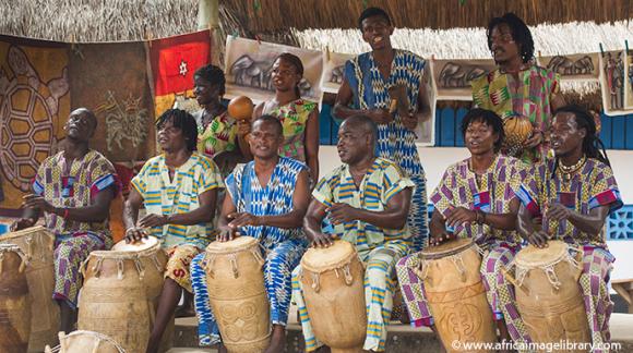 Drummers Ghana © Ariadne Van Zandbergen
