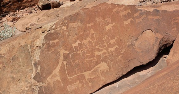 Twyfelfontein Namibia by Jean and Nathalie Wikimedia Commons