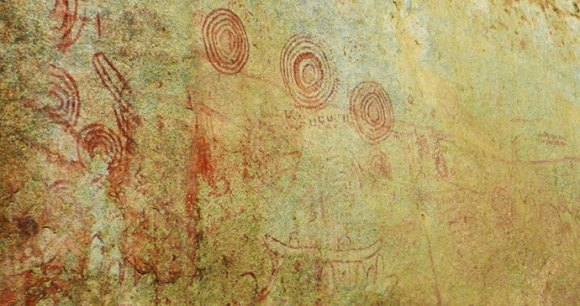 Nyero Rock Paintings Uganda by Carsten Johannes M. Wikimedia Commons