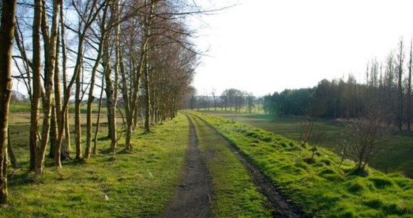 South Tyne Trail, Northumberland, UK by Phil Champion, Wikimedia Commons