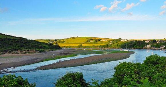 River Avon, Bantham, South Devon by Nilfanion, Wikimedia Commons best wild swimming spots