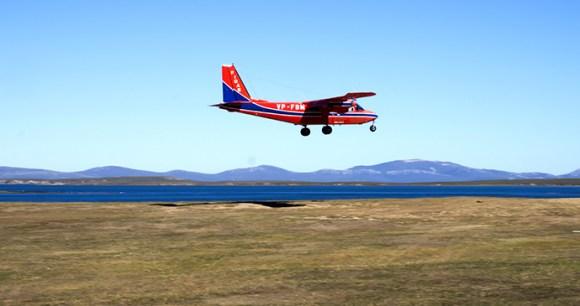 Inter-island flight, Falkland Islands by Vladislav T Jirousek, Shutterstock