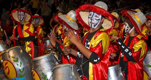 Candombé drumming, Uruguay by Kobby Daggan, Shutterstock