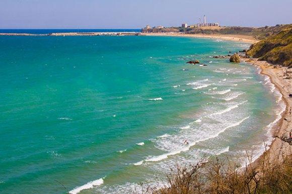 Punta Penna beach, Abruzzo, Italy by Elisa Bistocchi/Dreamstime