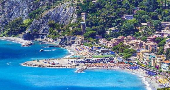 Monterosso al Mare Liguria Cinque Terre leoks, Shutterstock