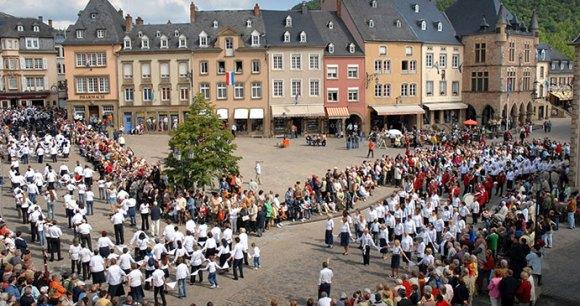 Dancing Procession Echternach by ONT