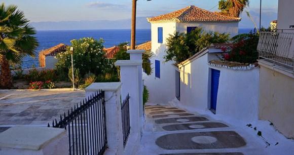 Koroni The Peloponnese Greece by Kris Silver Wikimedia Commons