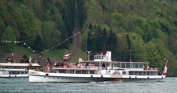Treib Lake Luzern Seelisberg by Gestumblindi Wikimedia Commons