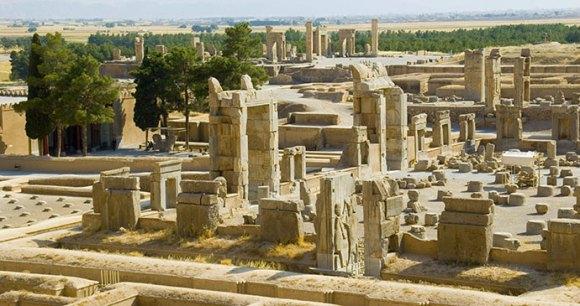 Ruins, Persepolis, Iran by Steba, Shutterstock