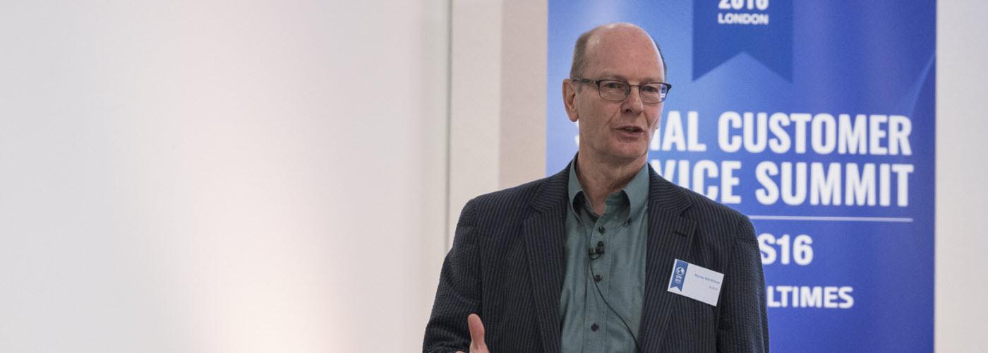 Martin Hill-Wilson at Social Customer Service Summit