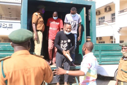 Sowore Brought To Court In Handcuffs Over Bail Application