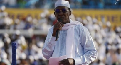 Nigeria Warily Eyes Border After Chad Leader's Death