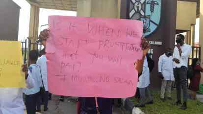 Again, UCTH Medical Interns Protest Seven Months Unpaid Salaries In Calabar