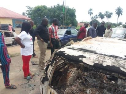 Gunmen Kill 2 Policemen And Burn 5 Police Vehicles In Akwa Ibom