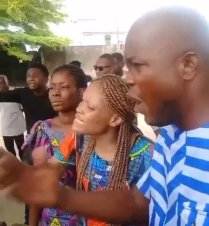 Watch Video As Family Members Of Murdered Akwa Ibom Job Seeker, Iniobong Umoren Cry Out, Demand Her Corpse