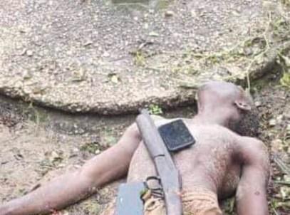 Police, Vigilantes Gun Down Notorious Criminal, Fowl Boy In Delta