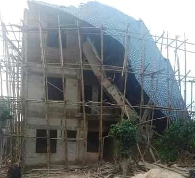 24 Escape Death As 2 Buildings Collapse In Anambra