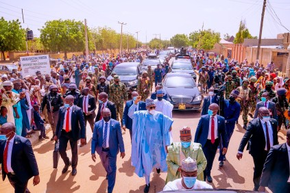 See The Crowd That Came Out To Greet President Buhari In Daura