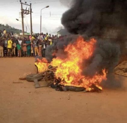 How 3 POS Robbers Were Set Ablaze In Imo
