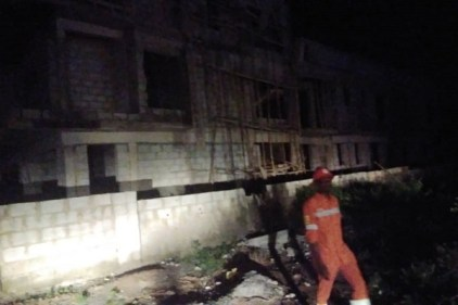 One Dead, Several Rescued As Two Storey Building Collapses In Abuja