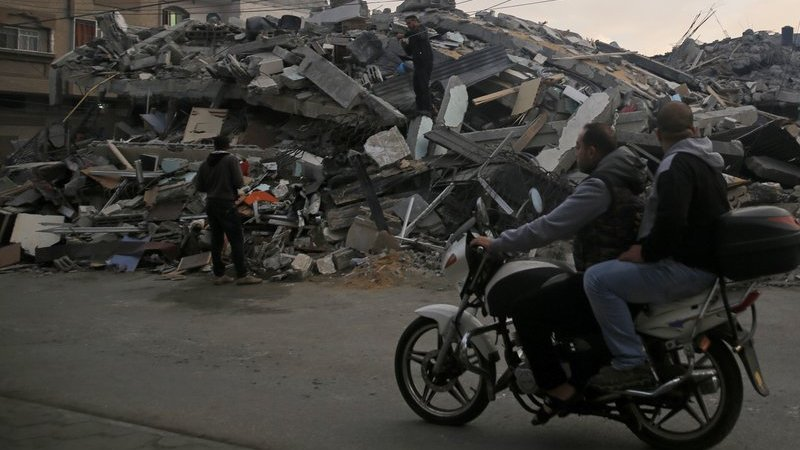 Israeli Defense Minister Resigns Over Gaza Cease-fire