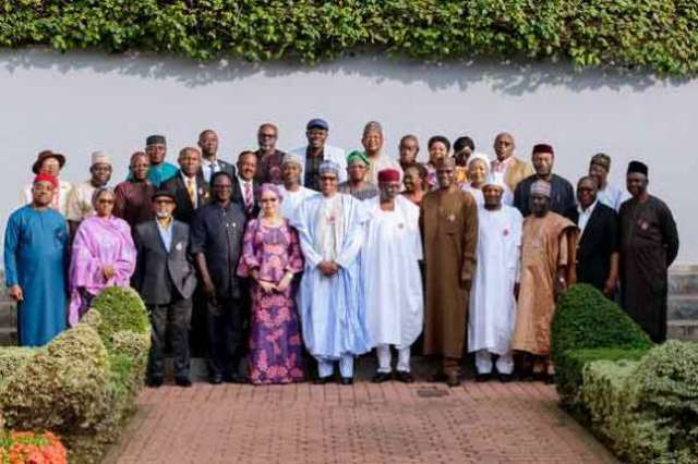 Things President Buhari Said While Receiving The New Minimum Wage Report