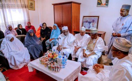 Buhari Meets With Family Of Shehu Shagari