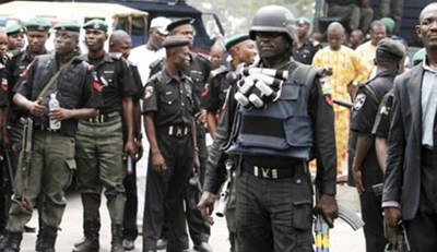 Female Robbers Engage Police In Gun Battle