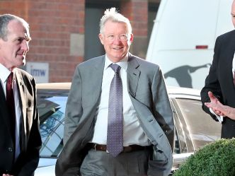 Manchester United Fans Calls On Sir Alex Ferguson To Replace Mourinho As Care Taker