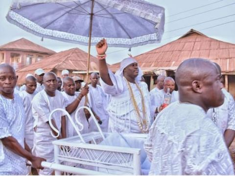 Photos Of Ooni Of Ife As He Participate In The Oshoosi Festival