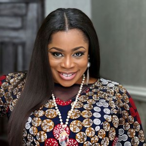 Sinach – 'Give Thanks'