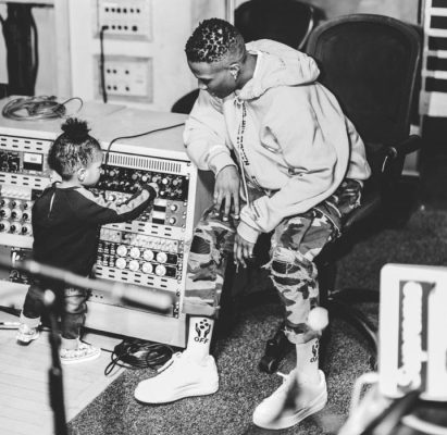 Mother's Day - Wizkid Shades Two Of His 3 Baby Mamas