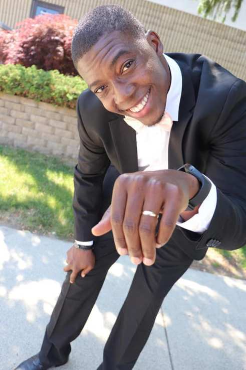 Akwa Ibom Tallest Blogger Marries His Heart-Throb In United States