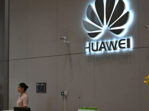 Huawei Suspends Technical Meetings With U.S. Contacts, Send U.S. Workers Home