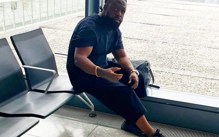 Off To America To Charge My Phone - Timaya
