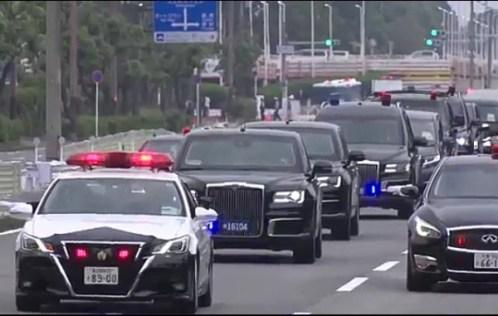 Donald Trump's Motorcade Vs Vladimir Putin's Motorcade