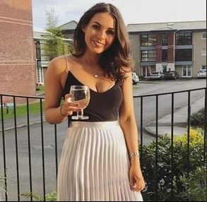 Beautiful Waitress Hangs Herself Minutes After Taking Cocaine